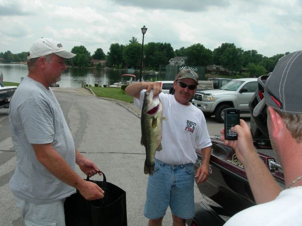 small_lake_tourney_6-09.jpg